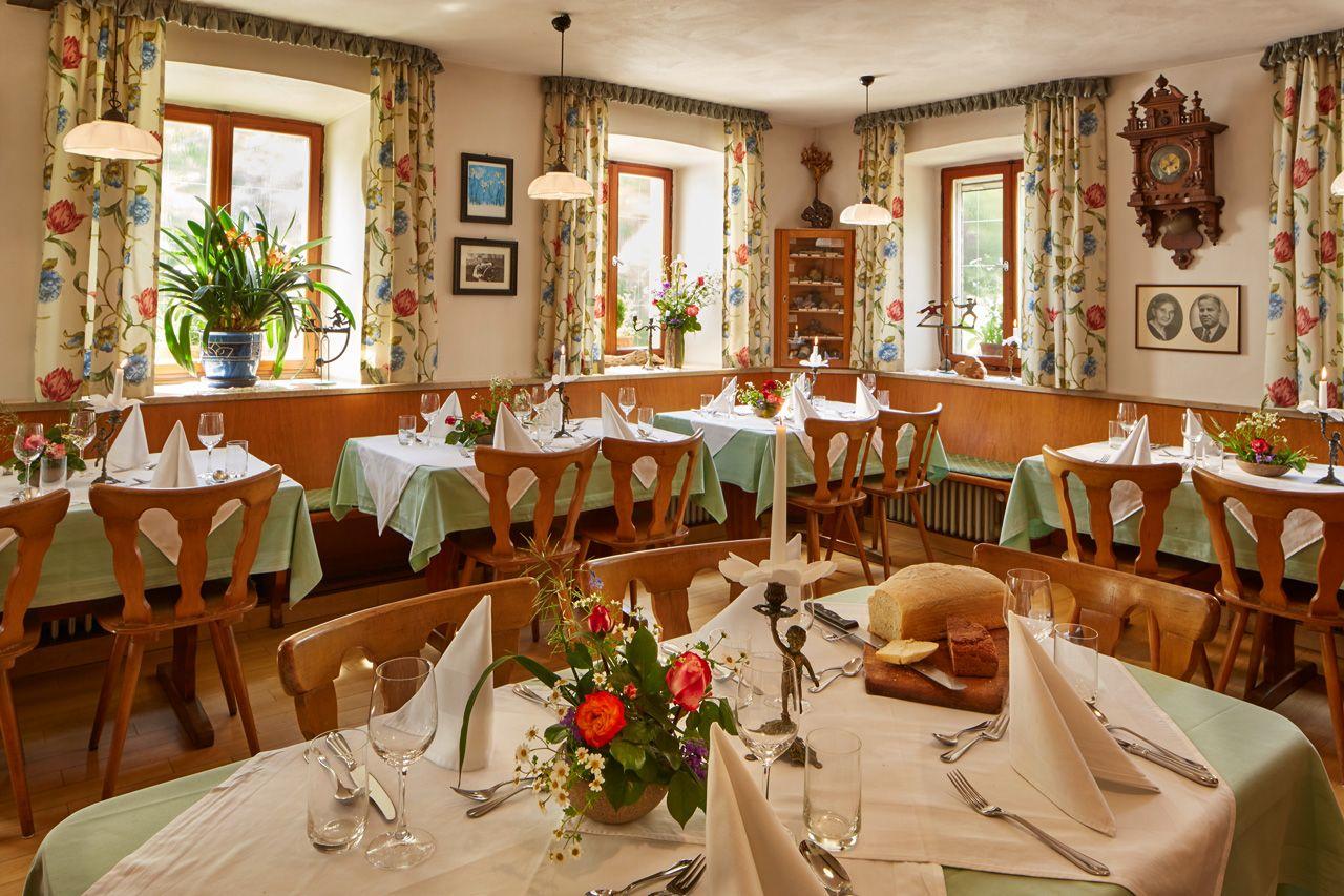 Gasthaus zum Kaiserstuhl - Gaststube